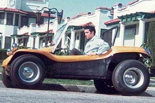 elvis-in-manx-dune-buggy